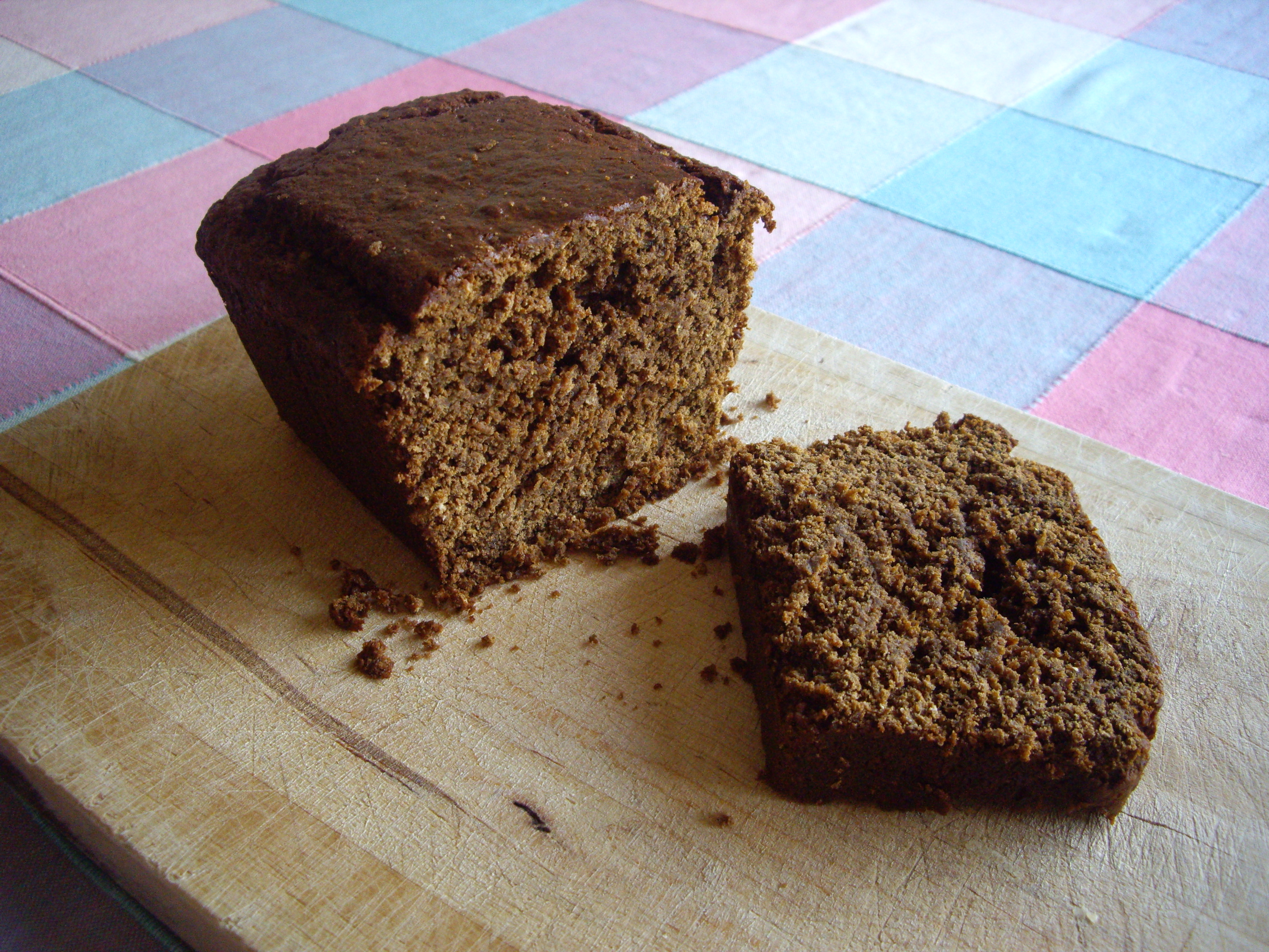 There's just enough of the Yorkshire Parkin left for this photo...it's so yummy that it disappears very quickly!