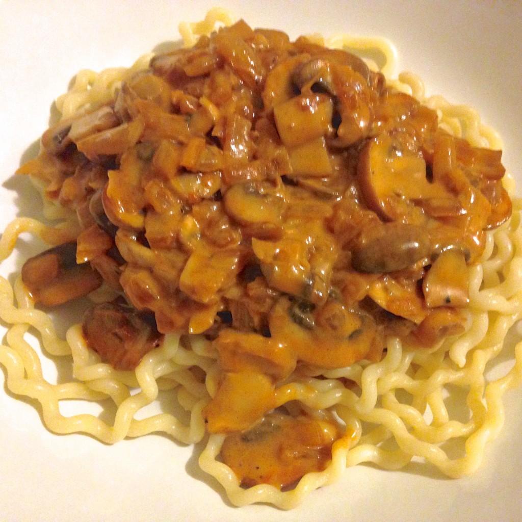 Mushroom stroganoff with pasta