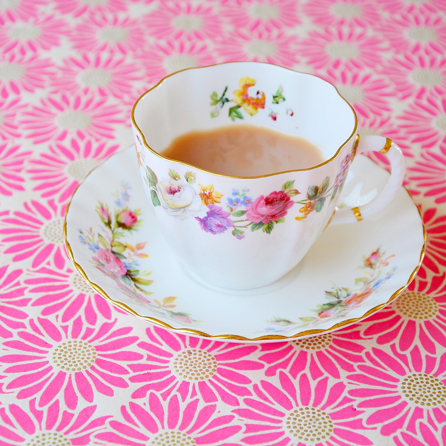 Vintage tea cup | Hello! Hooray!