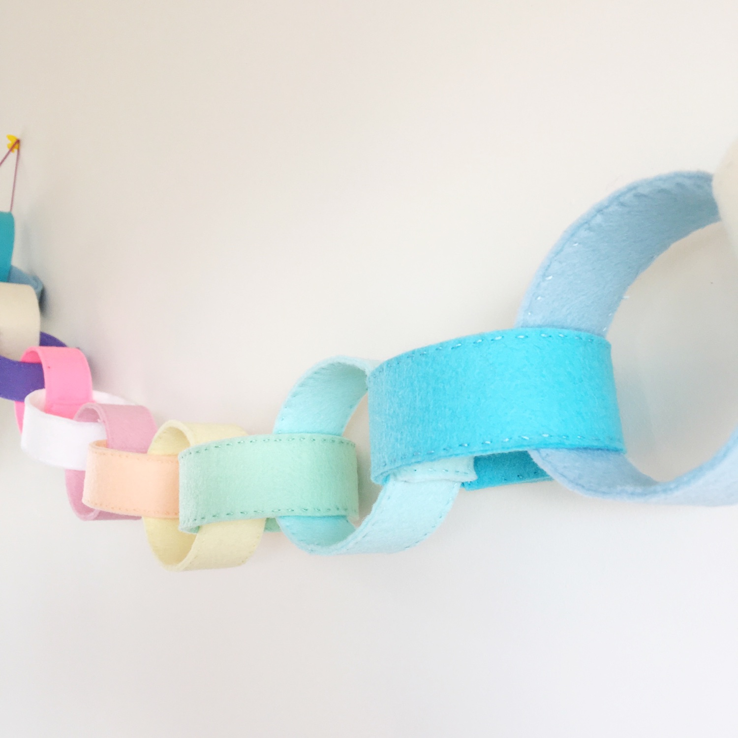 Perpetual paper chains | Hello! Hooray!