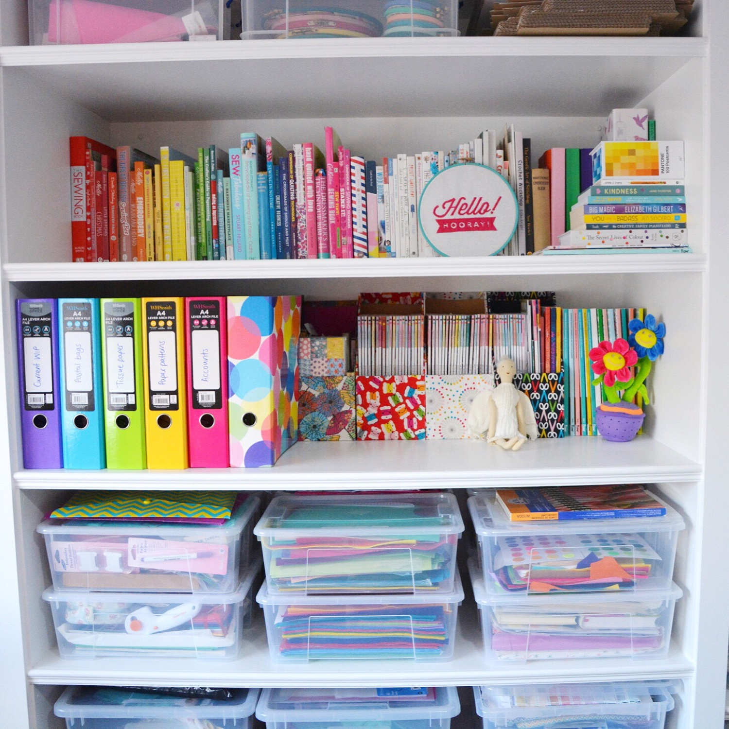 Rainbow shelf | Hello! Hooray!
