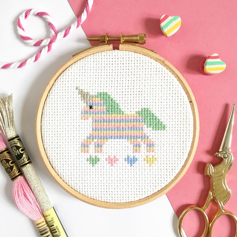 unicorn-cross-stitch- by Hannah Hand Makes | Hello! Hooray!