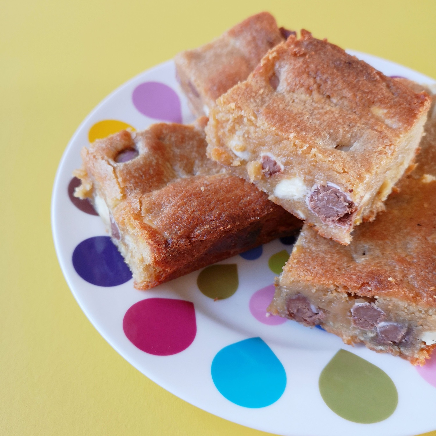 White chocolate and mini egg blondies for Easter | Hello! Hooray!
