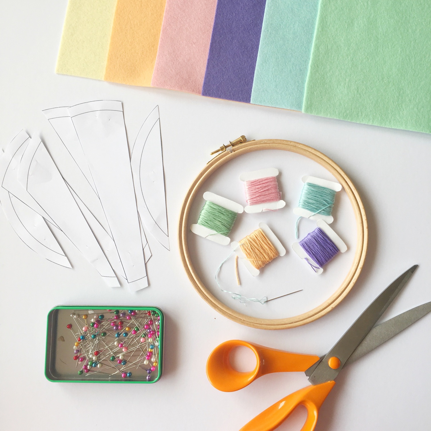 Crafty Colour Palette #2 pin hoop materials | Hello! Hooray!