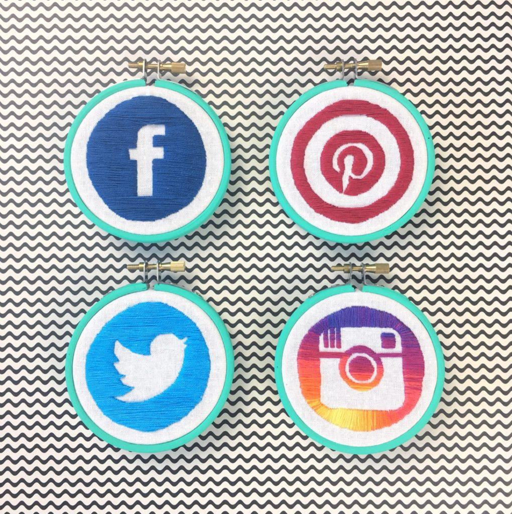@hellohoorayblog Social Icons