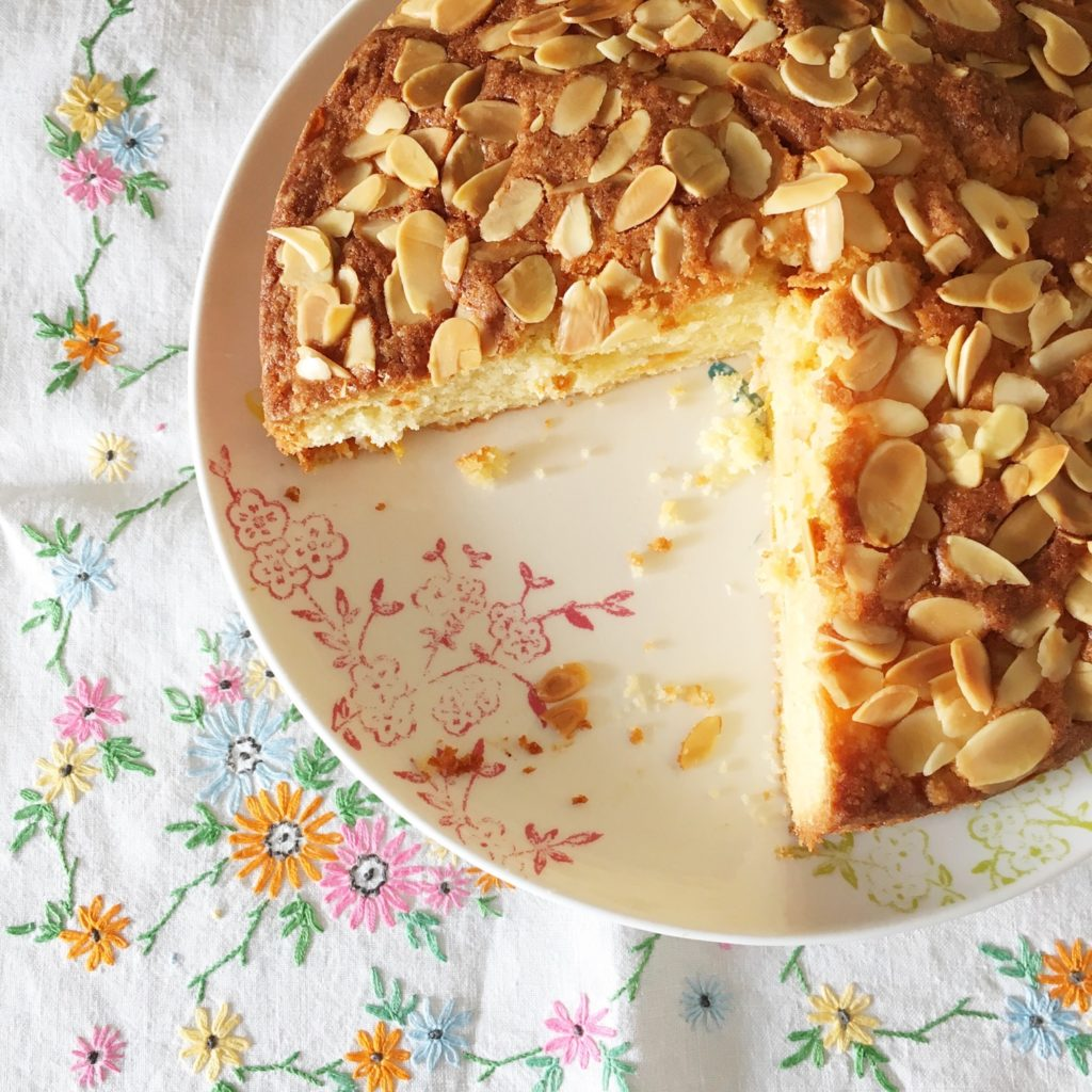Almond and apricot cake | Hello! Hooray!