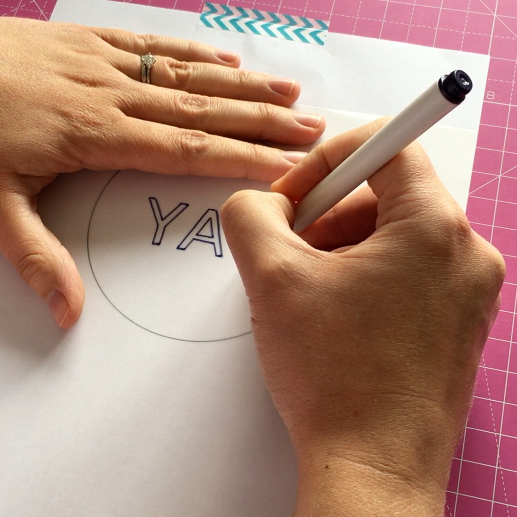 Using the Prym heat transfer pen | Hello! Hooray!