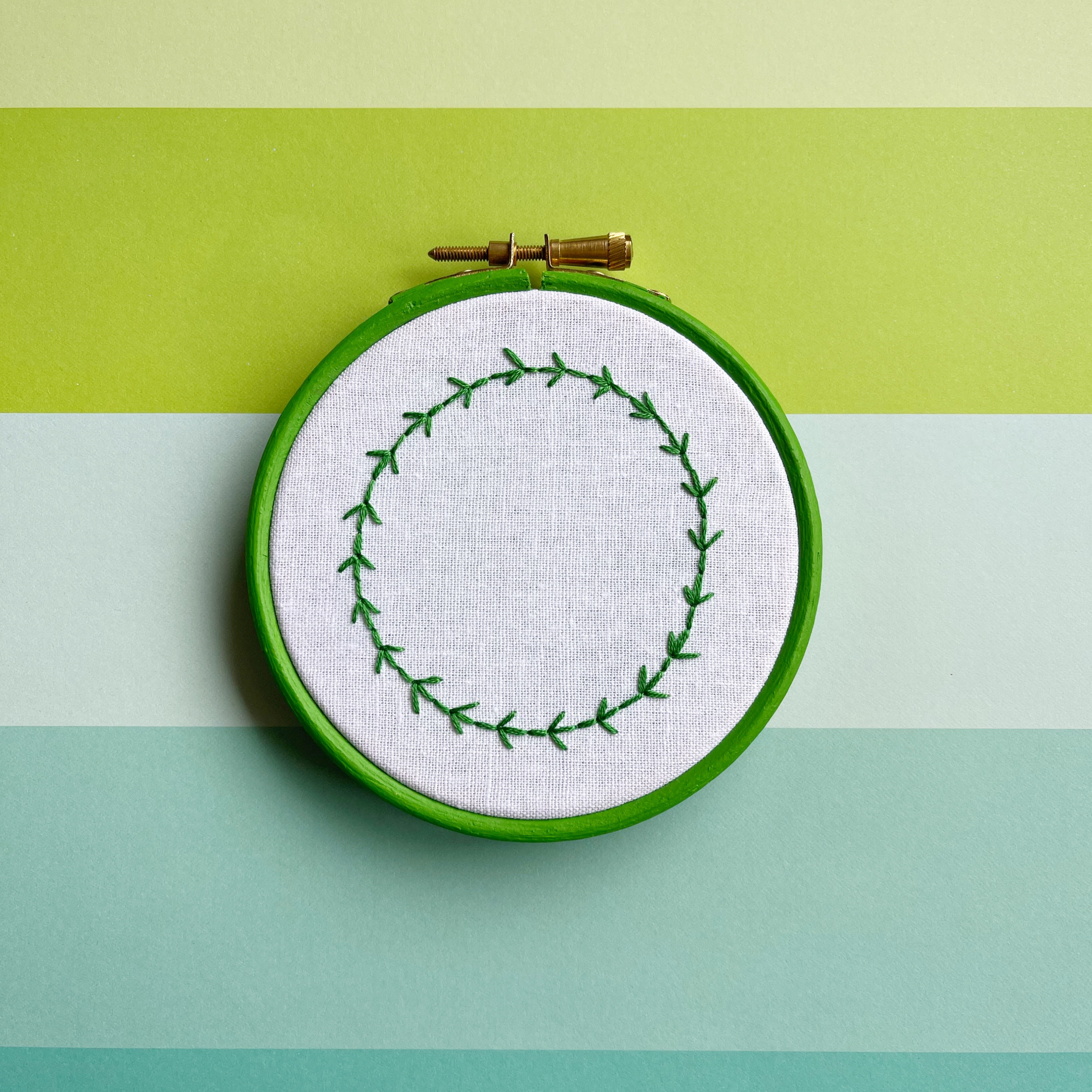 Fern stitch wreath hoop | Hello! Hooray!