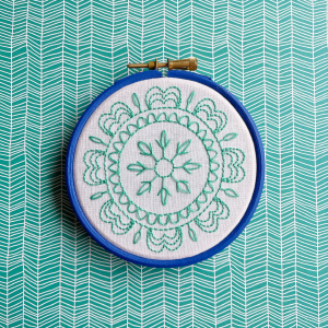 Spring mandala with picot and tulip stitch | Hello! Hooray!